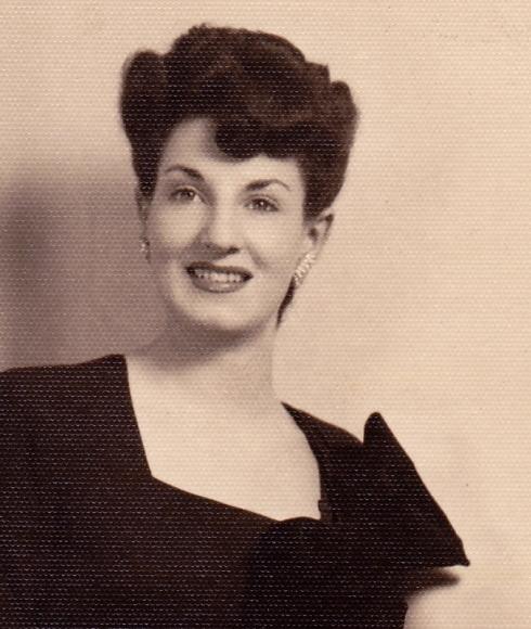 mom sitting portrait
